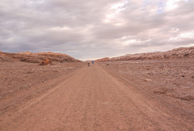 Biking Dirt Road to Valle De La Luna